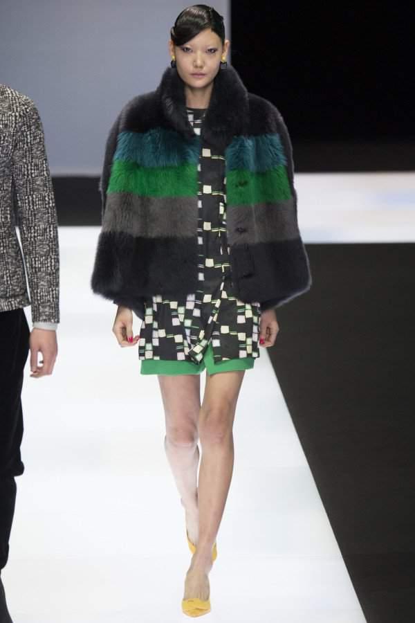 куртка из лисицы арктической графит фото